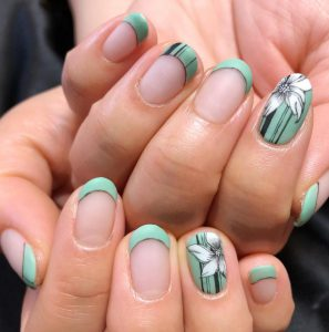 Recommend pale color nails for May